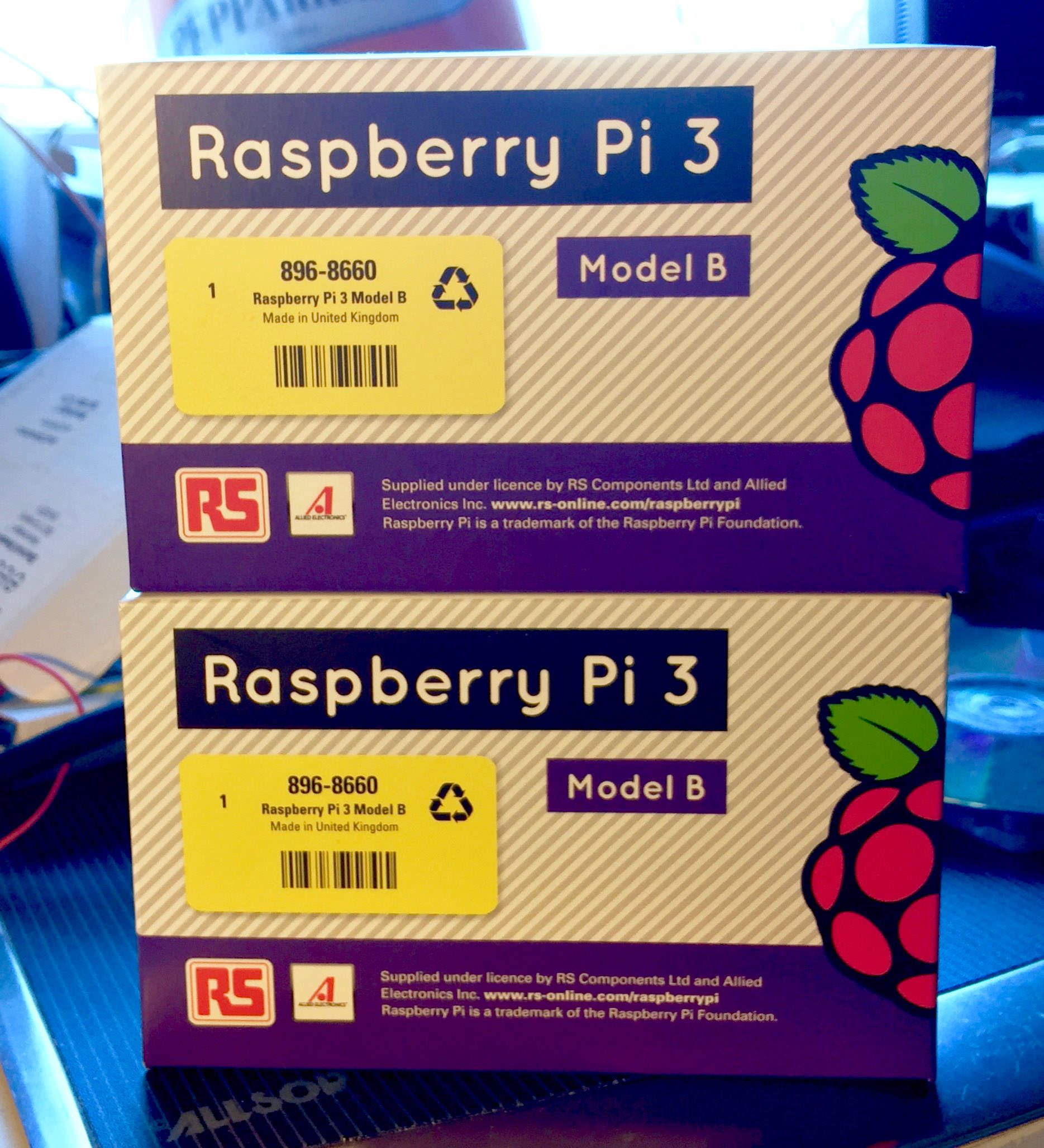 Raspberry-Pi-3-box